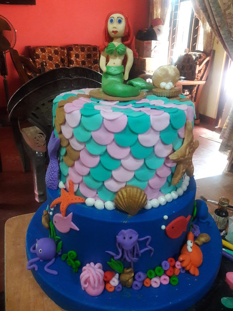 Cake by Nazreen Izmeer by Creative Bakers