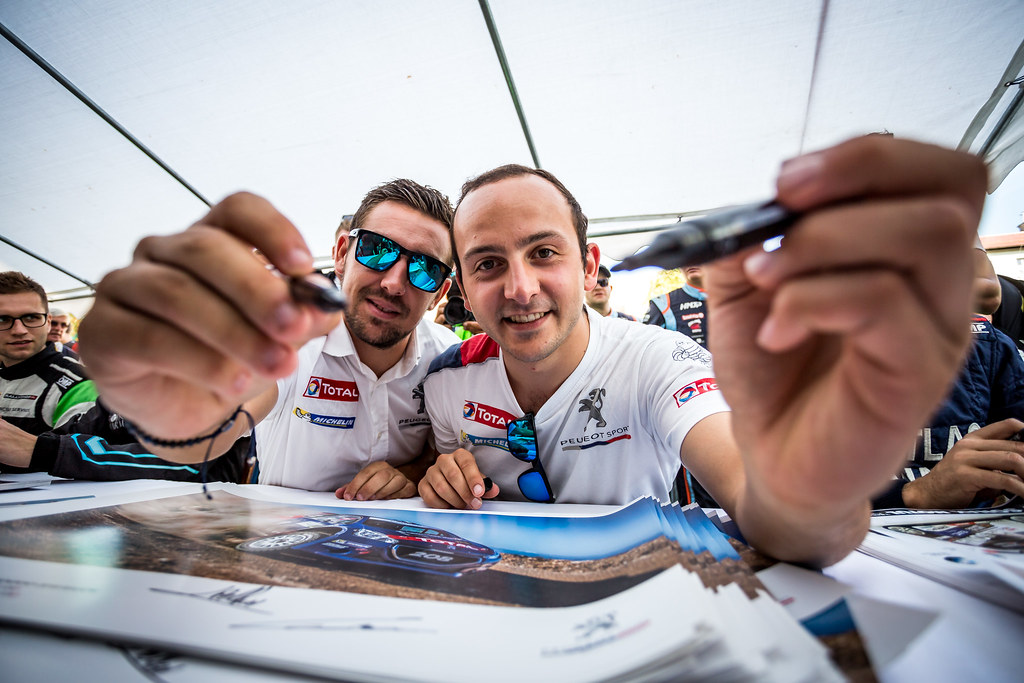 PELLIER Laurent (FRA), COMBE Geoffrey (FRA), PEUGEOT RALLY ACADEMY, Peugeot 208 T16, session autographe, autograph session during the 2018 European Rally Championship Rally Poland at Mikolajki from September 21 to 23 - Photo Thomas Fenetre / DPPI