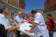 Prefeito visita as obras de urbanização nas vilas Fazendinha e Nossa Senhora Aparecida