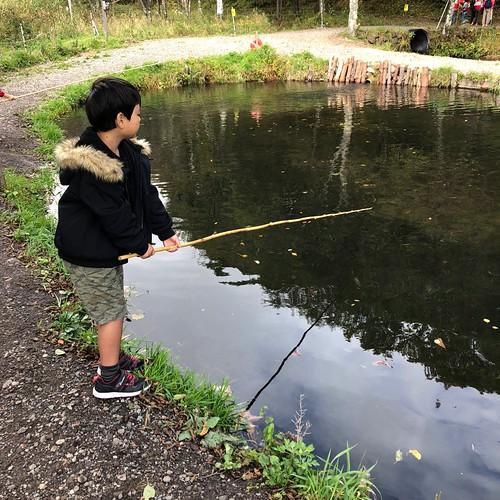 バラギ湖えさ釣り池