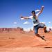 3. Diario de un Mentiroso saltando en Monument Valley