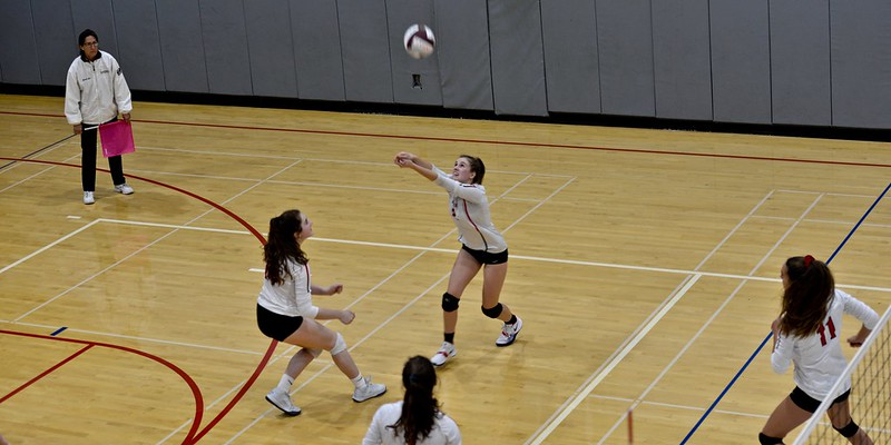Varsity Volleyball vs. Lick-Wilmerding, Oct. 16, 2018