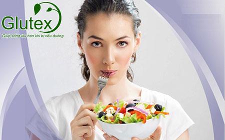 Ăn uống khoa học, cân đối sẽ giúp người tiểu đường tuýp 2 kiểm soát tốt đường máu