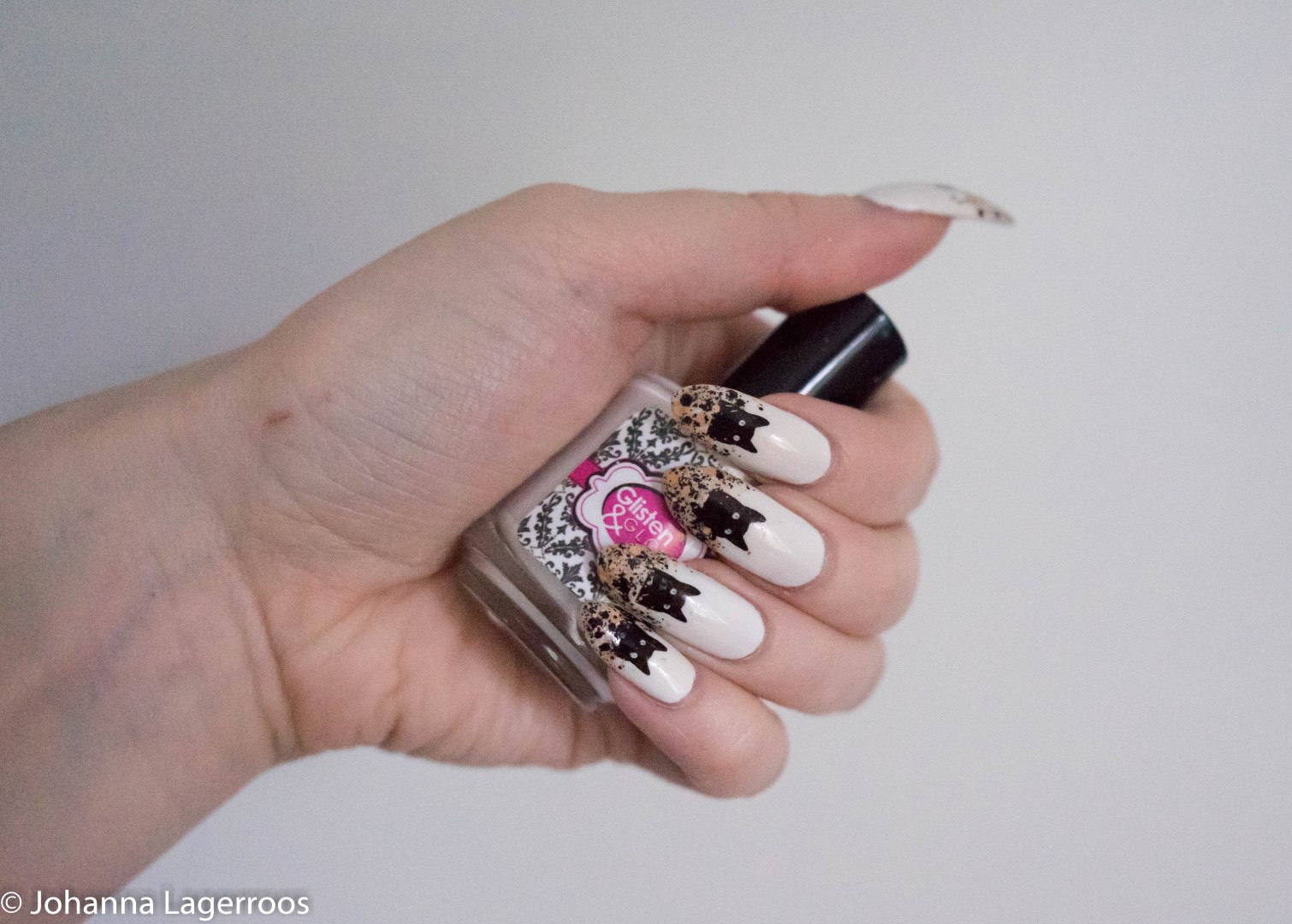 black cat nails