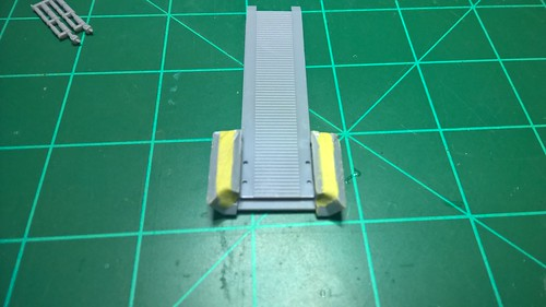 Millennium Falcon 40