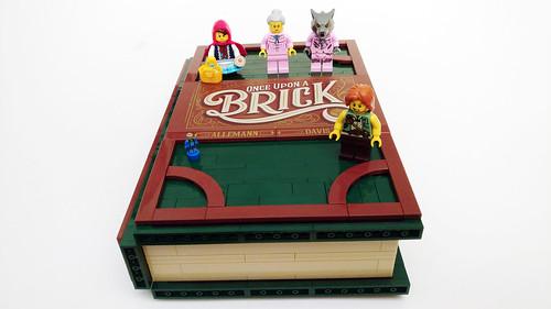 LEGO Ideas Pop-Up Book (21315)