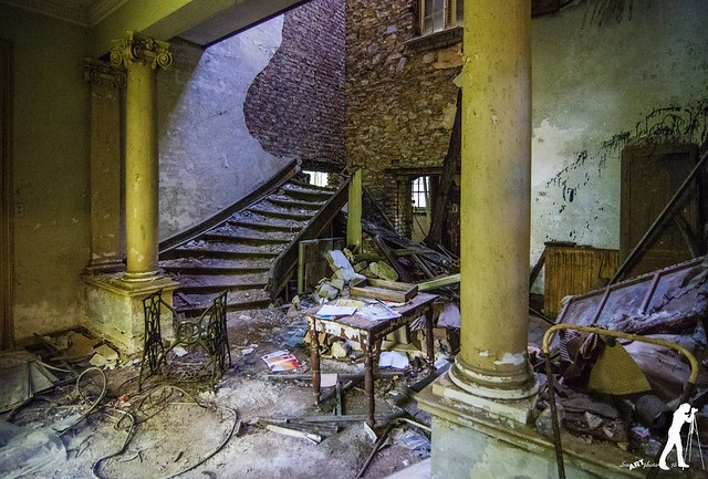 Lost Places: Mansion Percèe