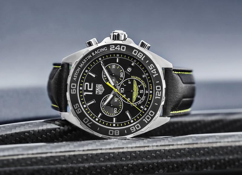 e73a2f73-tag-heuer-carrera-calibre-heuer-01-aston-martin-special-edition-8