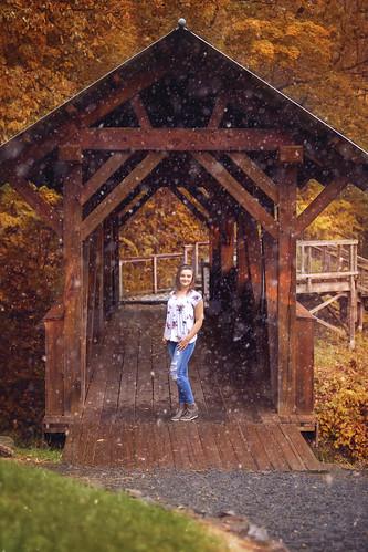 :: snowy autumn ::