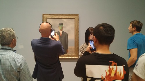 SF Moma Museum: Magritte