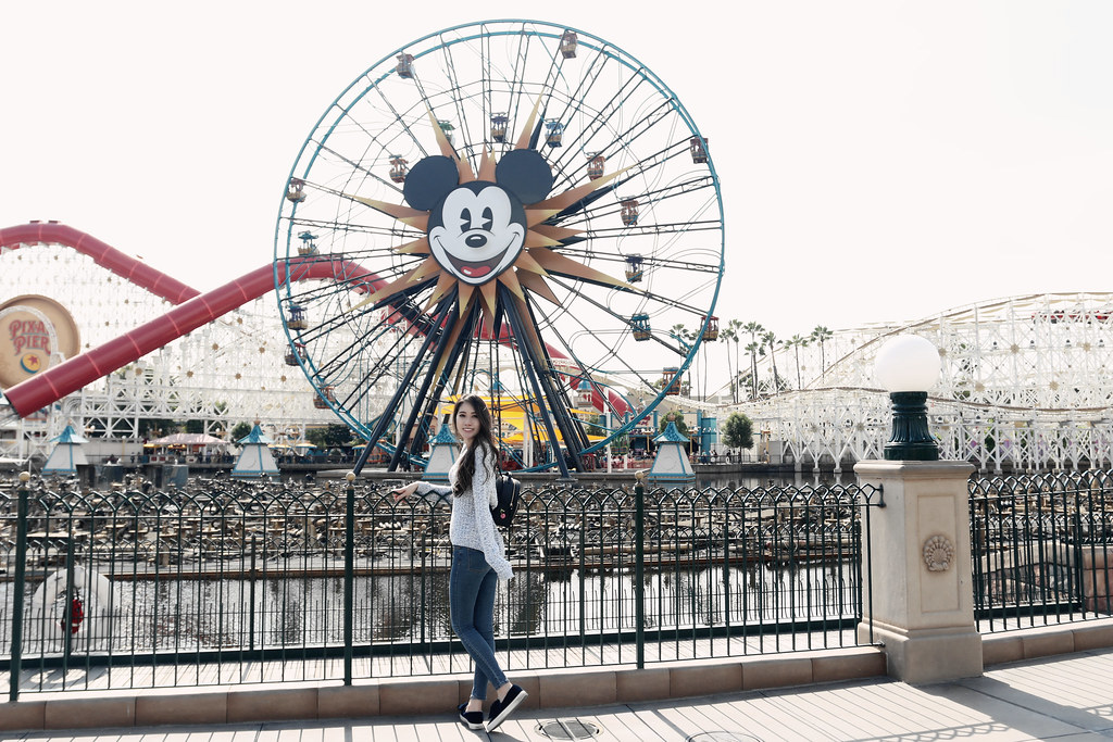 6530-ootd-fashion-style-outfitoftheday-wiwt-streetstyle-hollister-f21xme-asianfashion-forever21-disneyland-disneycaadventure-koreanfashion-lookbook-itselizabethtran
