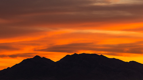 nevada clarkcounty frenchmanmountain sunrise mountain clouds photography jamesmarvinphelps jamesmarvinphelpsphotography