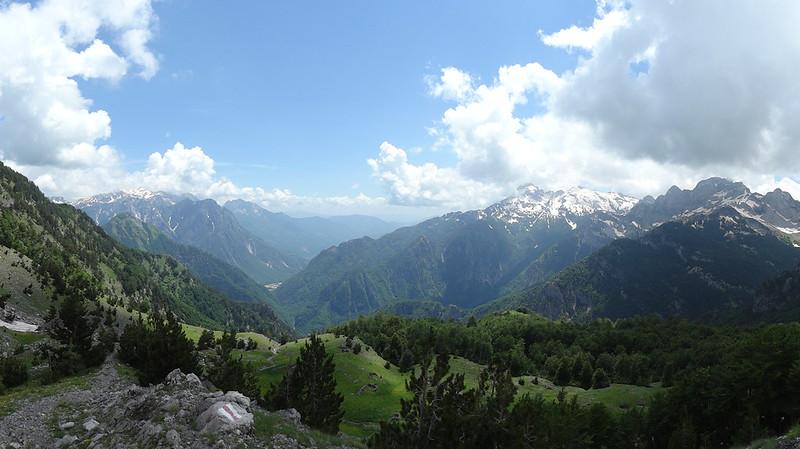 View from the Qafa e Thorës / Qafe e Terthores / Qafe e T'thores / Thore Pass