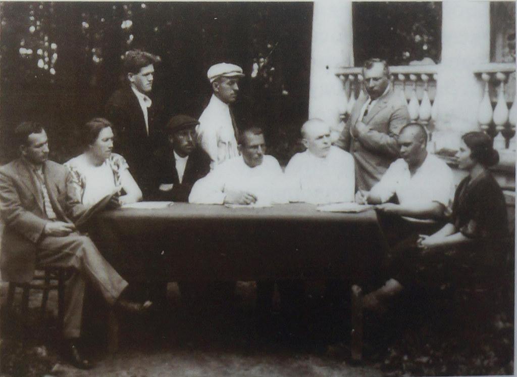 1931. Профактив тонкосуконной фабрики в Ивантеевке