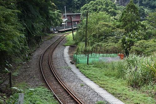 幼坑古道-大華車站端
