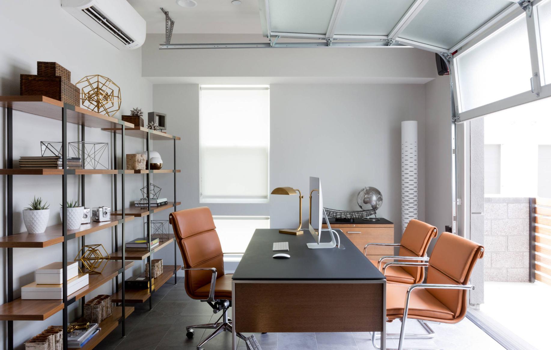 Tips ruangan bekerja dari rumah agar nyaman dan produktif