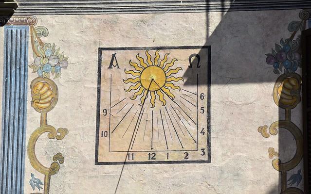 Reloj de sol en Graus (Aragón, España, 2-9-2018)