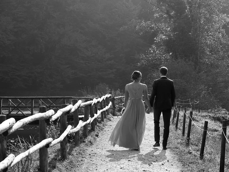 Wedding shot (in black/white)