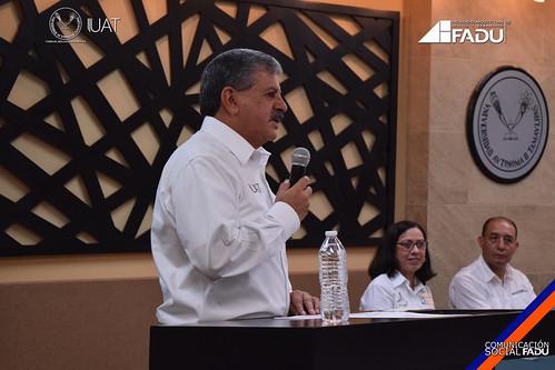 """Alumnos y docentes de la FADU presentan el proyecto: """"Estación Oceanográfica Golfo de México CIDIPORT-UAT"""""""
