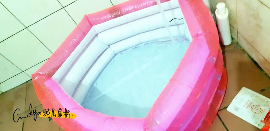 嬰兒充氣浴池