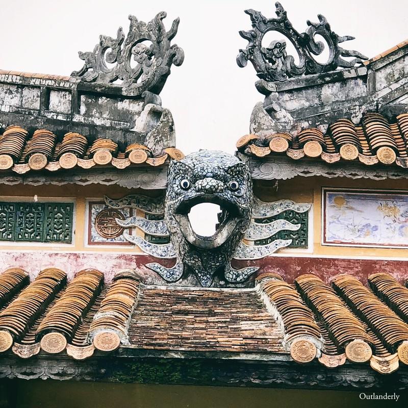 Hue Citadel details