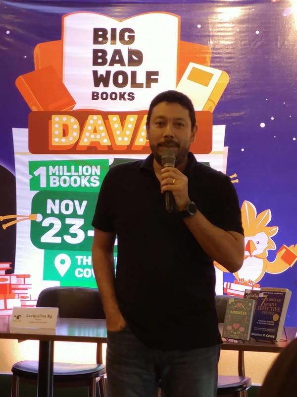 Luis Oquiñena, Executive Director of Gawad Kalinga at Big Bad Wolf Book Sale 2018 in Azuela Cove Davao IMG_20181105_144833
