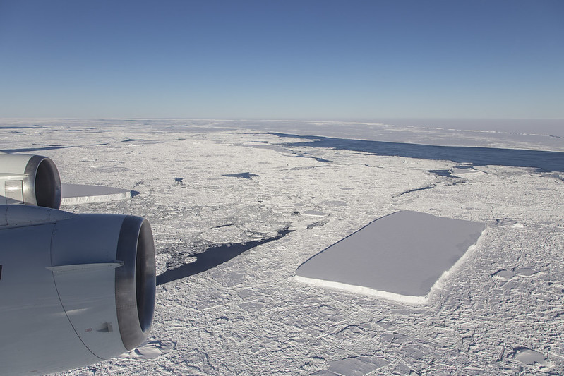 Researchers for NASA's 'Operation IceBridge' Discover Rare Rectangular Shaped Icebergs in Antarctica