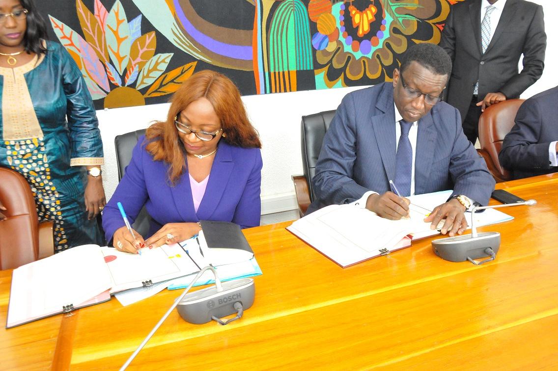 Amadou Ba lors de la Signature des Accords de prêt portant sur le financement des projets du PSE avec la BAD (1)