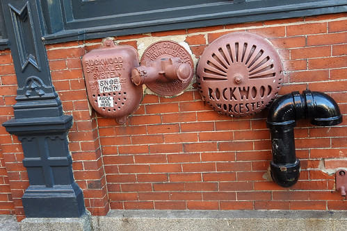 travel coast maine usa portland city streetview building buildings harbour machigonne sea awol brick wall brickwall port street