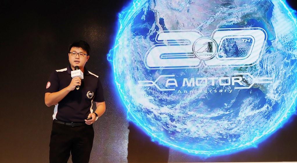 宏佳騰動力執行長林東閔宣布明年即將發表新款電動機車。攝影:陳文姿