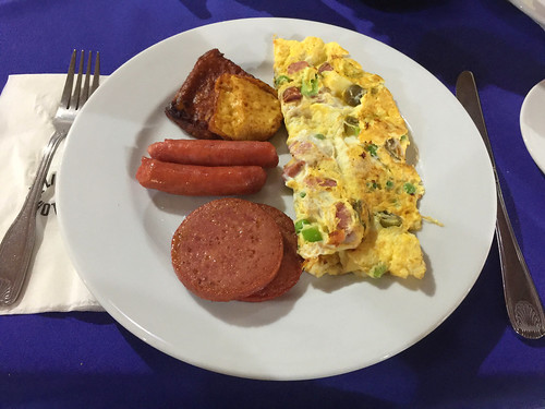 Be Live Marien Puerto Plata - Breakfast - Omlette, sausages & cheese