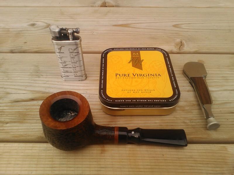 A la sainte Edwige, préfère la pipe aux tiges...  44638673194_aa5bcc98cc_c