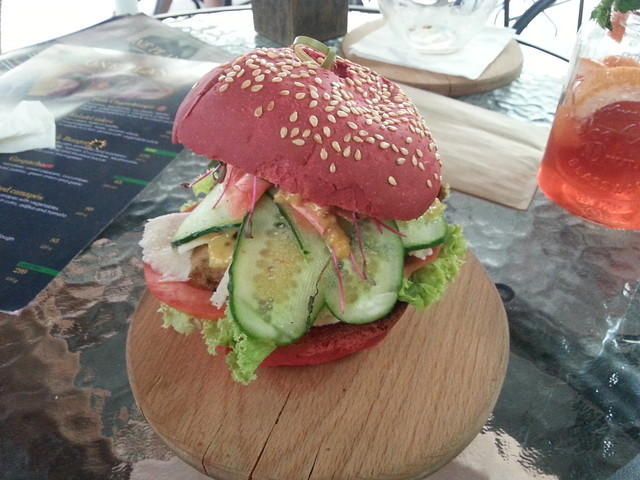 Burger at One Planet, Kiev