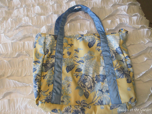 5-Totebag in Yellow and Blue