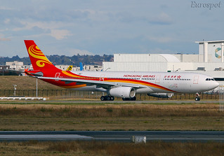 F-WWCY Airbus A330 Hong Kong Airlines