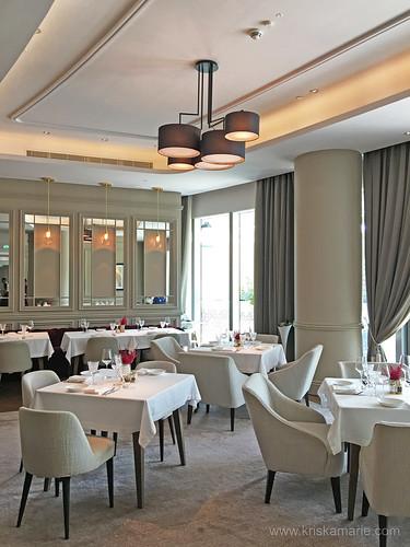 The Restaurant - Interiors 10