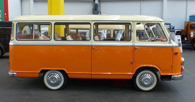 Borgward B611 1961 bus orange r