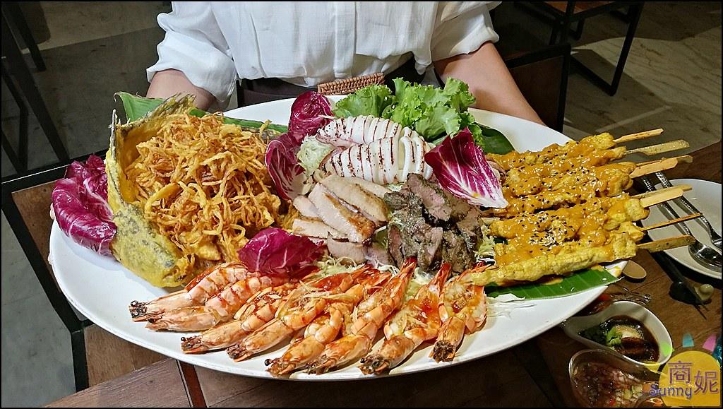 台中高質感泰式餐酒館。泰常玖。浮誇海陸痛風拼盤、秋蟹皇室料理讓人驚豔