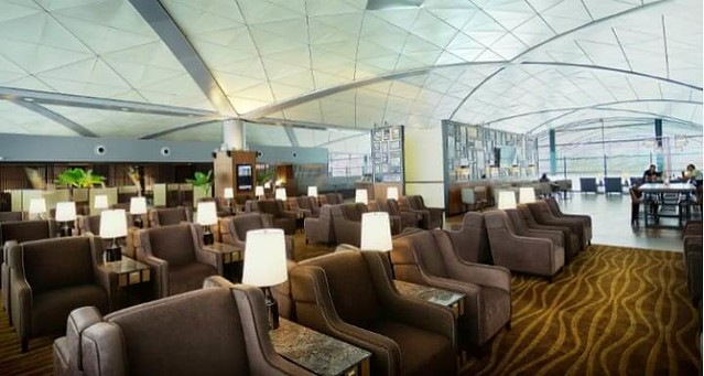 2651 7 Categories of people who can use VIP lounges at Saudi Airports 04