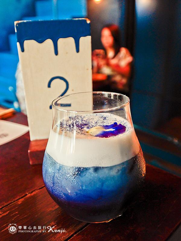 blue-cafe-17