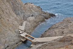 Plage de l' Ouille, Collioure, vestige de l'ancien sentier littoral