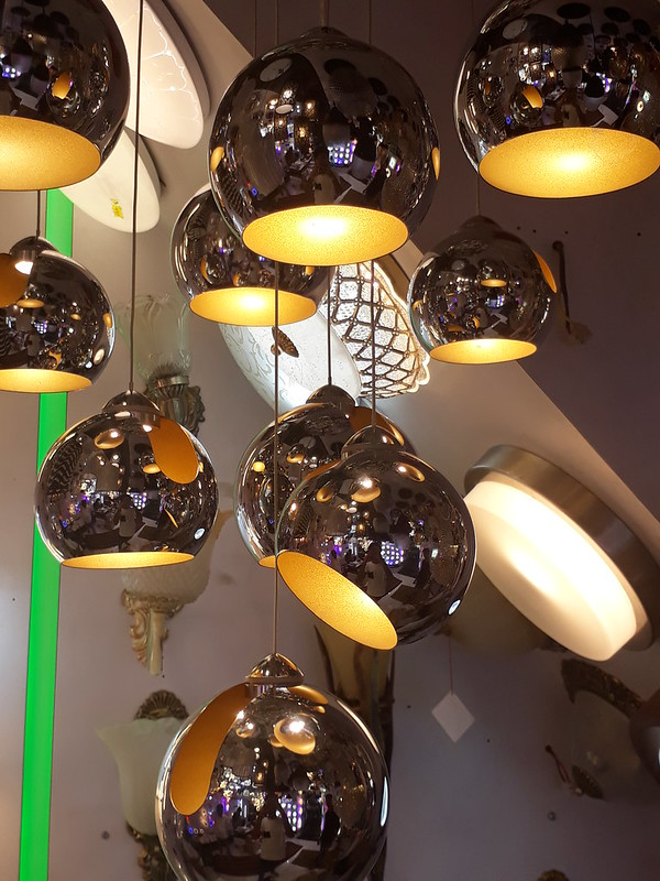 Cluster of pendant lamps
