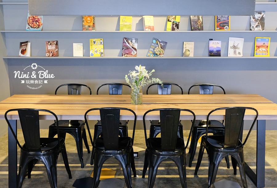 pluto 咖啡 ikea  台中南屯10