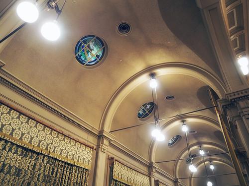 大阪市中央公会堂中集会室ステンドグラス