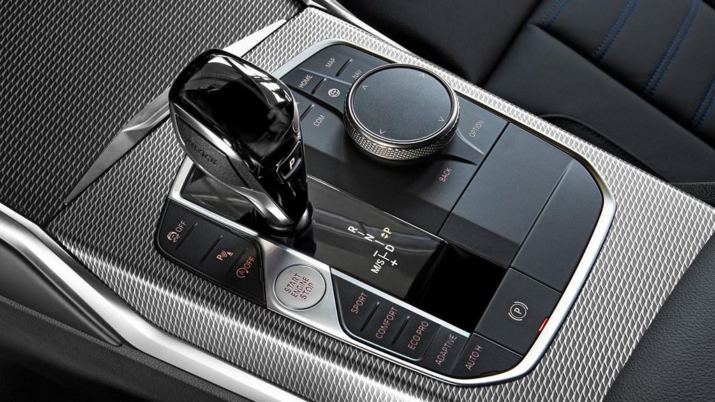 Премиера на серијата 3 на BMW (G20) 30