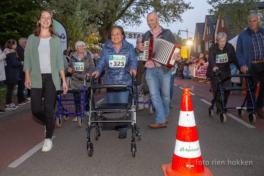 Rollatorrace  foto Rien Hokker