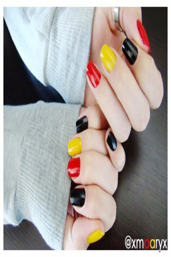 Amazing Flags Nail Art For All European Countries  #flags_nail_art #European_flags_nail_art