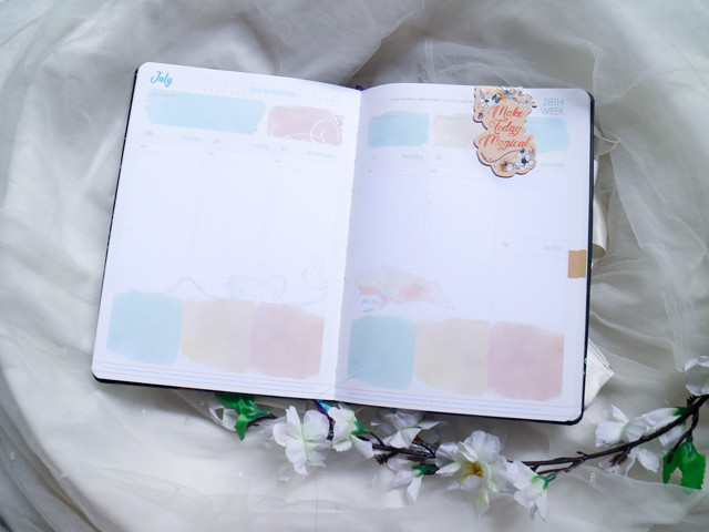 Belle De Jour 2019 Planner (6 of 16)