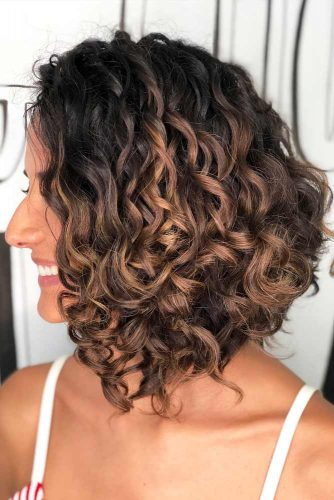 2019 Shapely Curly Bob Haircuts-Try This Season 9