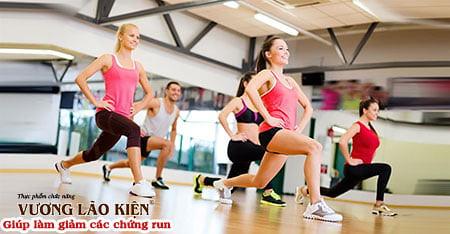 Tập luyện sẽ giúp bạn làm giảm run tay khi hồi hộp